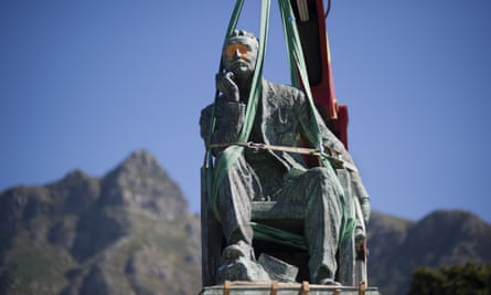 The statue of Cecil Rhodes being removed from the University of Cape Town in 2015.