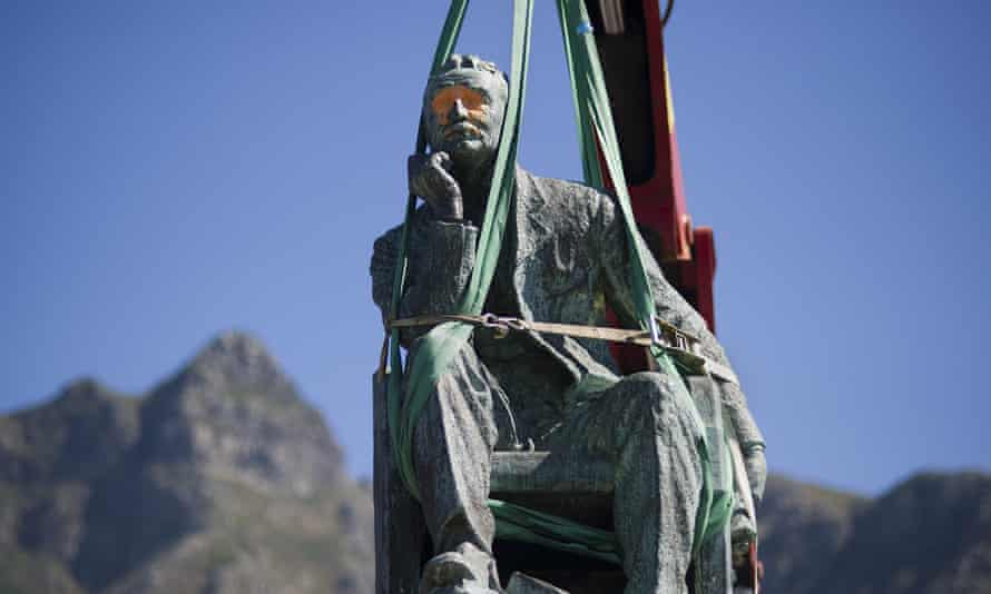 The defaced University of Cape Town statue of Cecil Rhodes before its removal in April 2015.