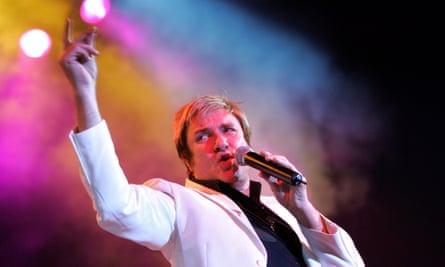 Simon Le Bon performing in Berlin, 3 October 2004.