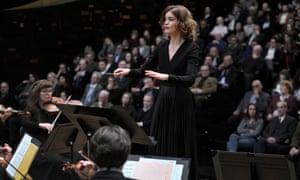 Hélène Barizet (Marie-Sophie Ferdane) in Philharmonia