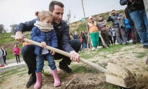 Veliaj promotes the city's plant a tree campaign.