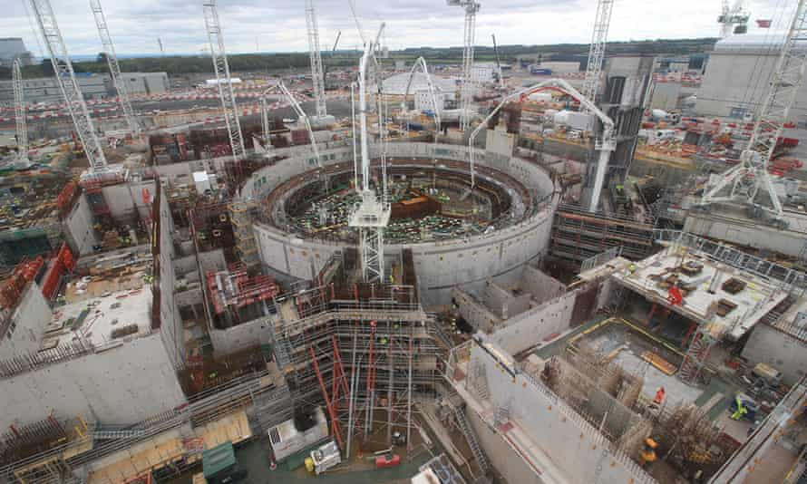 Construction of Hinkley Point C reactor