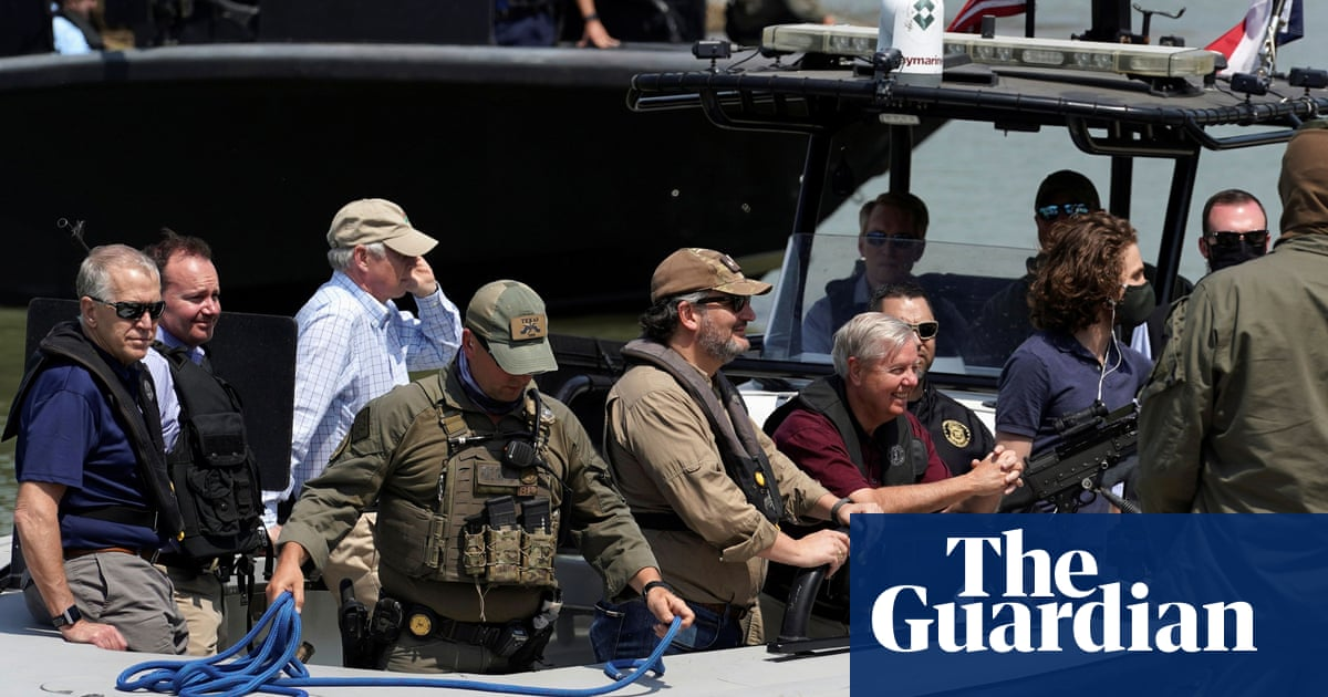 Republican senator Ted Cruz mocked for documentary-style trip to US-Mexico border – The Guardian