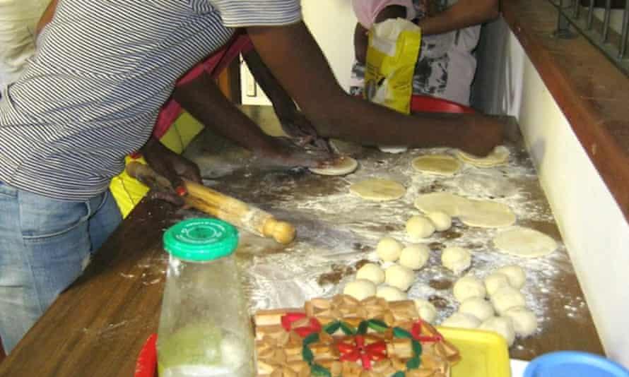 Sara makes her Ethiopian bread