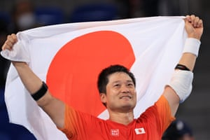 Shingo Kunieda with a gold for the host nation.