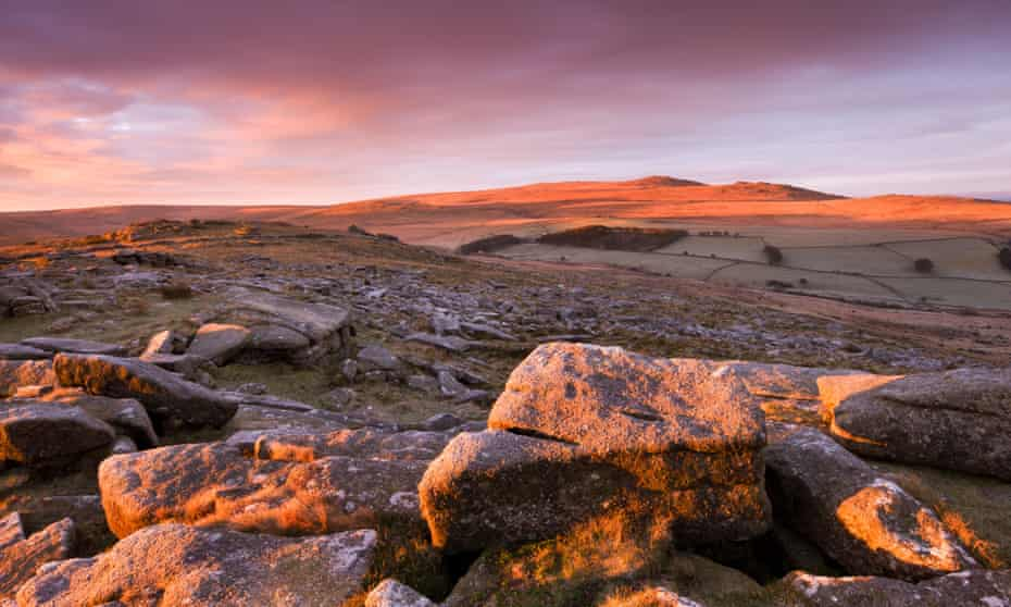 Sunrise over Belstone Tor, looking towards Yes Tor and High Willhays.