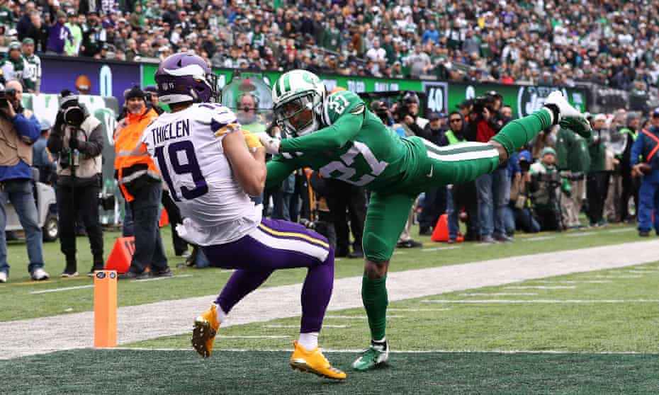 Adam Thielen continued his extraordinary season on Sunday against the Jets