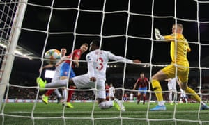 Jakub Brabec scores squeezes the ball between Danny Rose and the near post to score for the Czech Republic.
