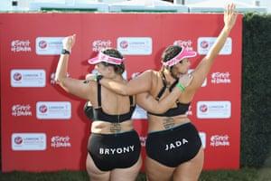 Bryony Gordon and running partner Jada Sezer pose before running the London marathon in 2018.