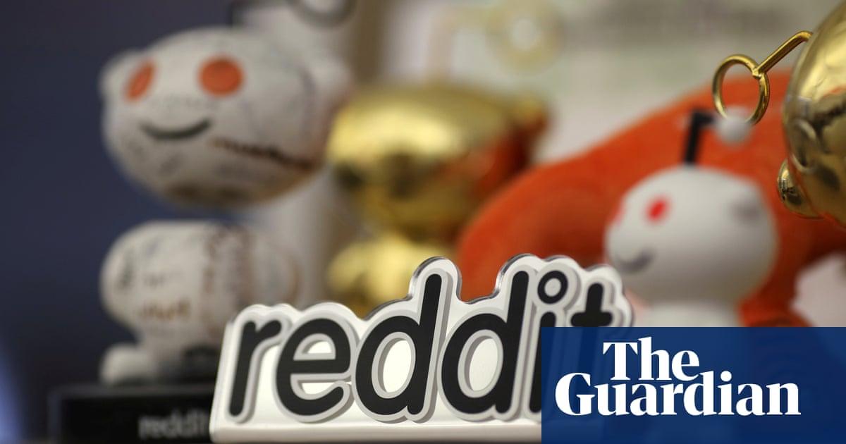 Reddit 'quarantines' its biggest pro-Trump message board