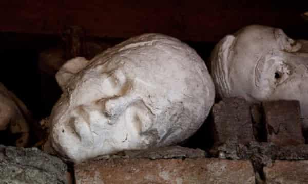 Broken heads in Bałka's Polish studio.