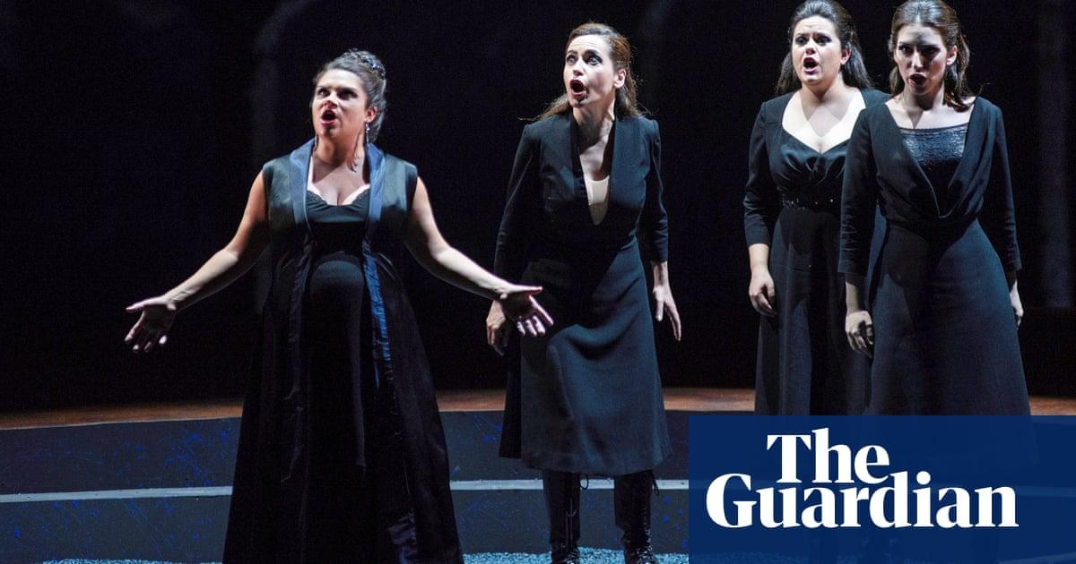 US soprano Kathryn Lewek accuses opera critics of body-shaming