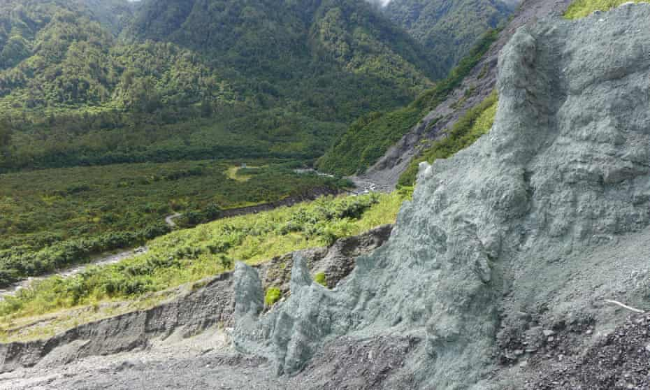 The alpine fault was exposed in the 1950s.