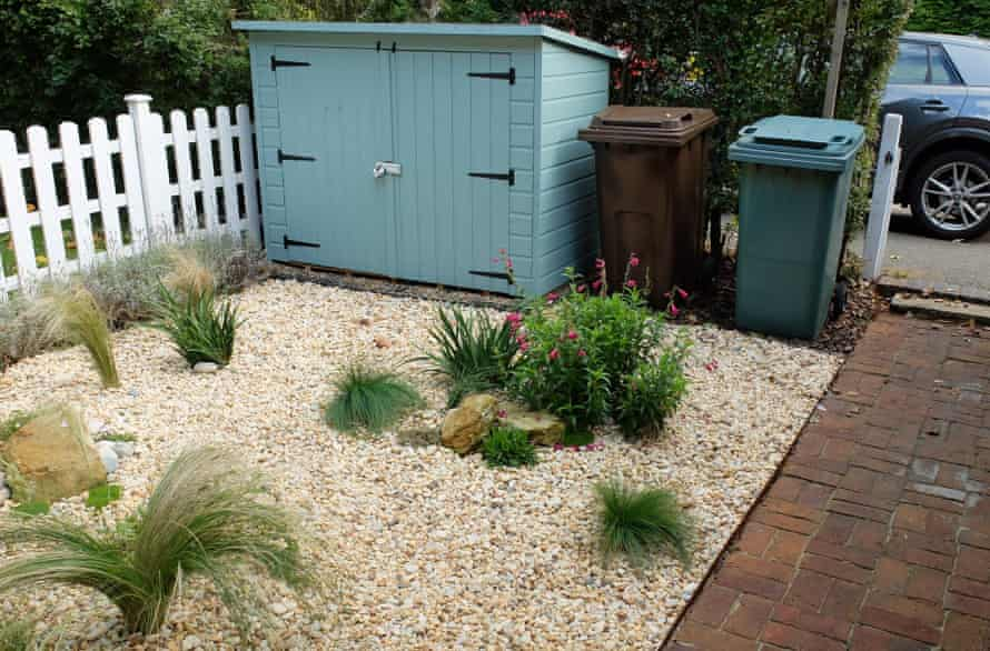 Ian Tester's low-maintenance front garden