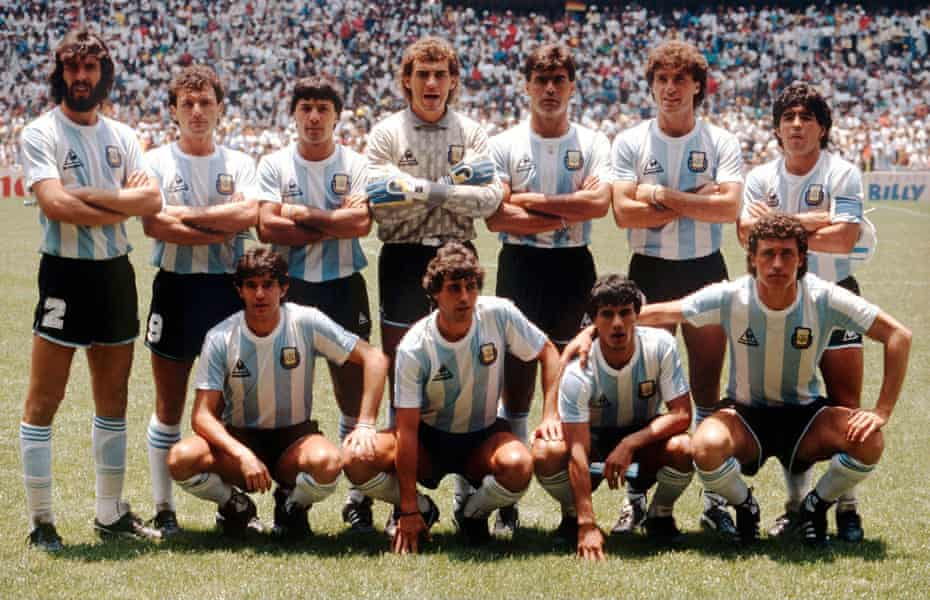 The Argentina squad before the 1986 World Cup final, with Jorge Valdano on the right of the bottom row and Maradona standing behind.