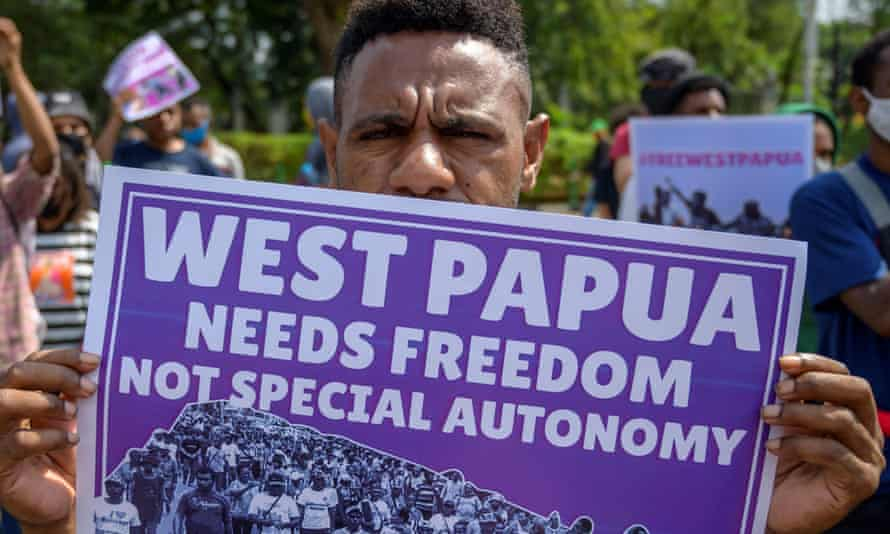 Papuan students protest in front of the US embassy in Jakarta, demanding that the United States take responsibility for the signing of the 1962 New York agreement between the Netherlands and Indonesia which handed Papua over to Indonesia.