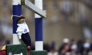 The rag doll – the prize traditionally played for by Bath and Llanelli – will be stuck to one of the posts in the Scarlets' match.