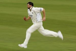 Steve Harmison bowling for Durham against Sussex in 2006.