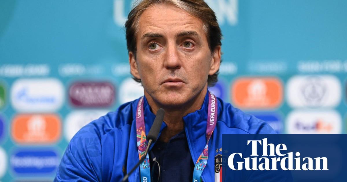 Roberto Mancini: Italy and Spain face 'unfair' crowd situation at Wembley