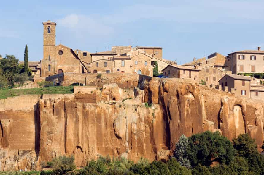 Italy, Umbria, Orvieto village