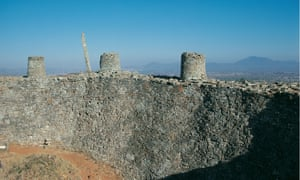 The outer wall of Great Zimbabwe, which showed 'an architecture unparalleled elsewhere in Africa or beyond'.