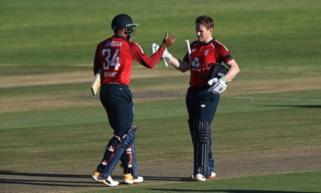 England beat South Africa in second men's T20 – as it happened