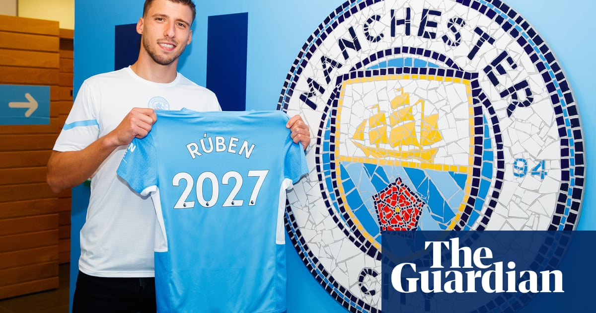 'I share their ambition': Rúben Dias signs new long-term Manchester City deal