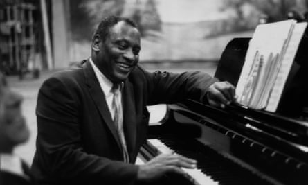 Paul Robeson rehearsing in 1958.