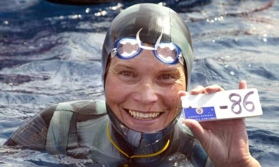 Natalia Molchanova won the first women's free-diving world championship in Villefranche-sur-Mer. Molchanova