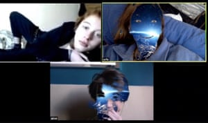 A screenshot of a chat with friends with special effects provided by the application.