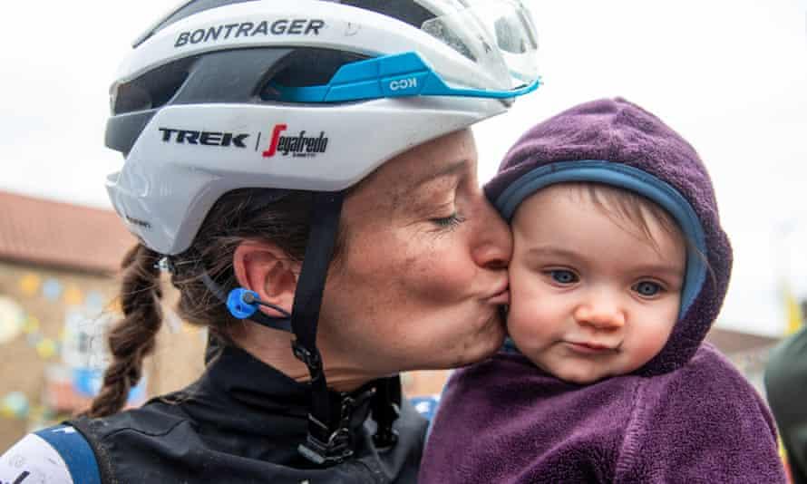 Lizzie Deignan with her daughter Orla