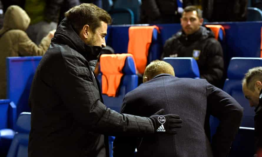 Sheffield Wednesday's Garry Monk declines to shake the hand of his former assistant Pep Clotet before the game against Birmingham.
