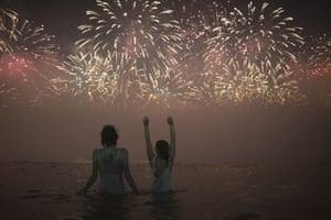 Rio de Janeiro: Fireworks exploding over Copacabana Beach