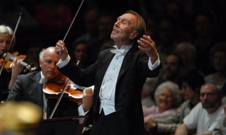 Unforgettable... Claudio Abbado conducts the Lucerne festival orchestra in the 2007 proms, part of 2020's opening night concert