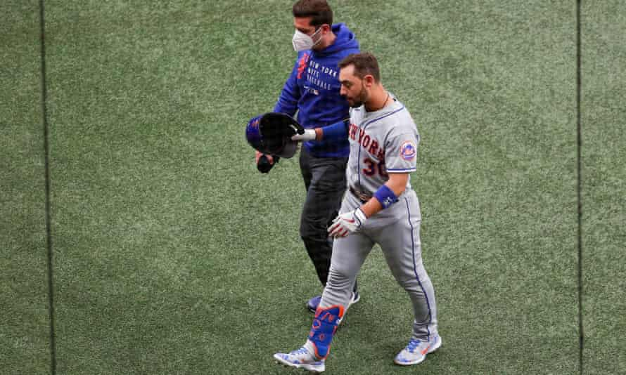 New York Mets right fielder Michael Conforto leaves a game after a hamstring injury last month