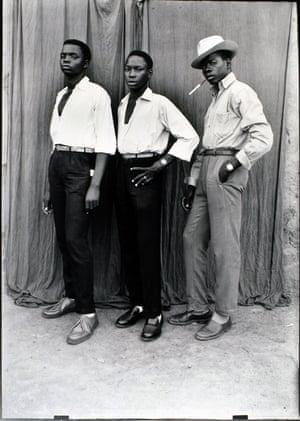 Seydou KeïtaUntitled portrait, 1950s