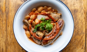 A bowl of cassoulet