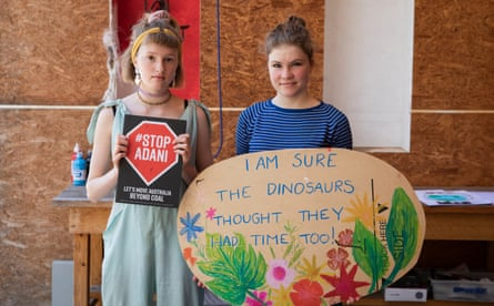 Young climate activists Harriet O'Shea (left) and Milou Albrecht (right), both 14, in Castlemaine, Victoria, Australia