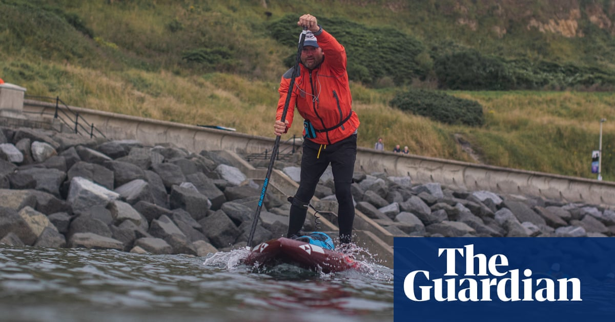 Former teacher to paddle into Torquay after epic voyage around Britain