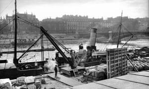 Paris port, 1800s.