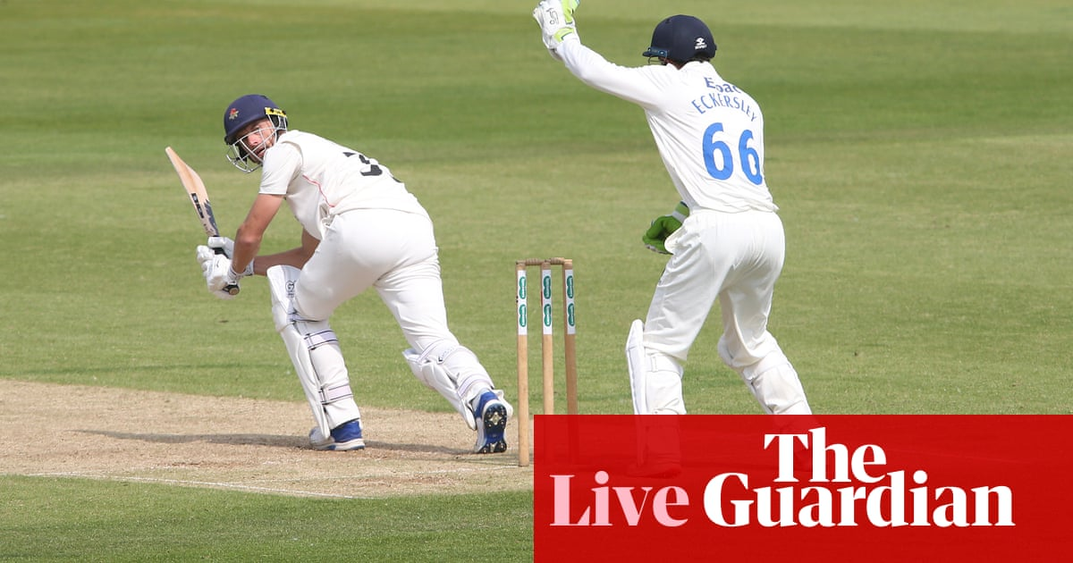 County cricket: Durham v Lancs, Essex v Surrey and more, day three – live!