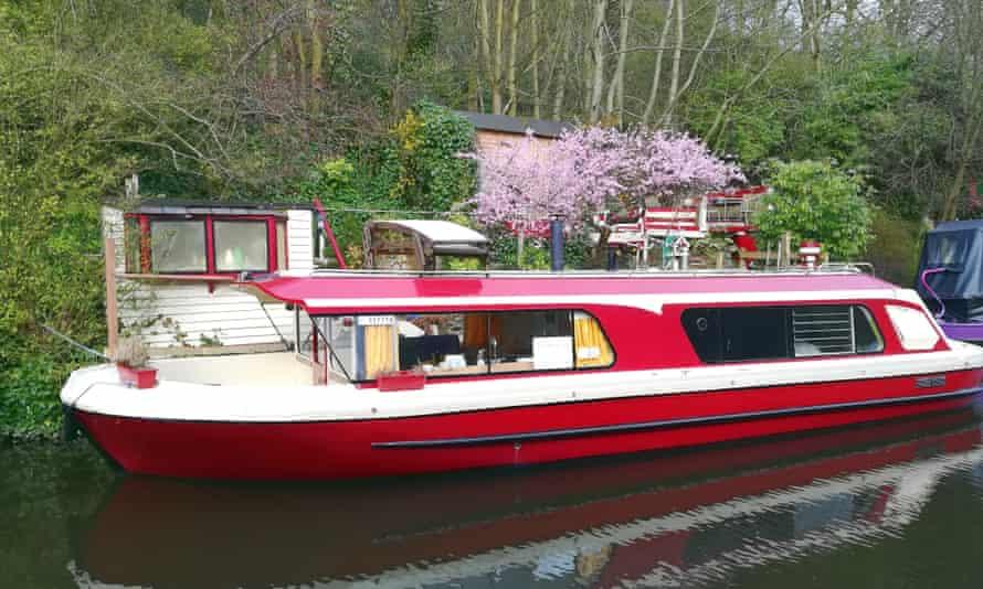 Hebden Bridge houseboat