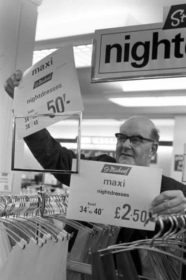 Lord Fiske visits Marks & Spencer in London's Edgware Road to help change over the prices to decimal currency