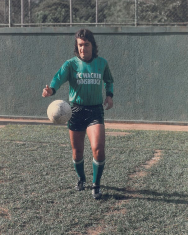 The forgotten story of     Carlos Kaiser, football's