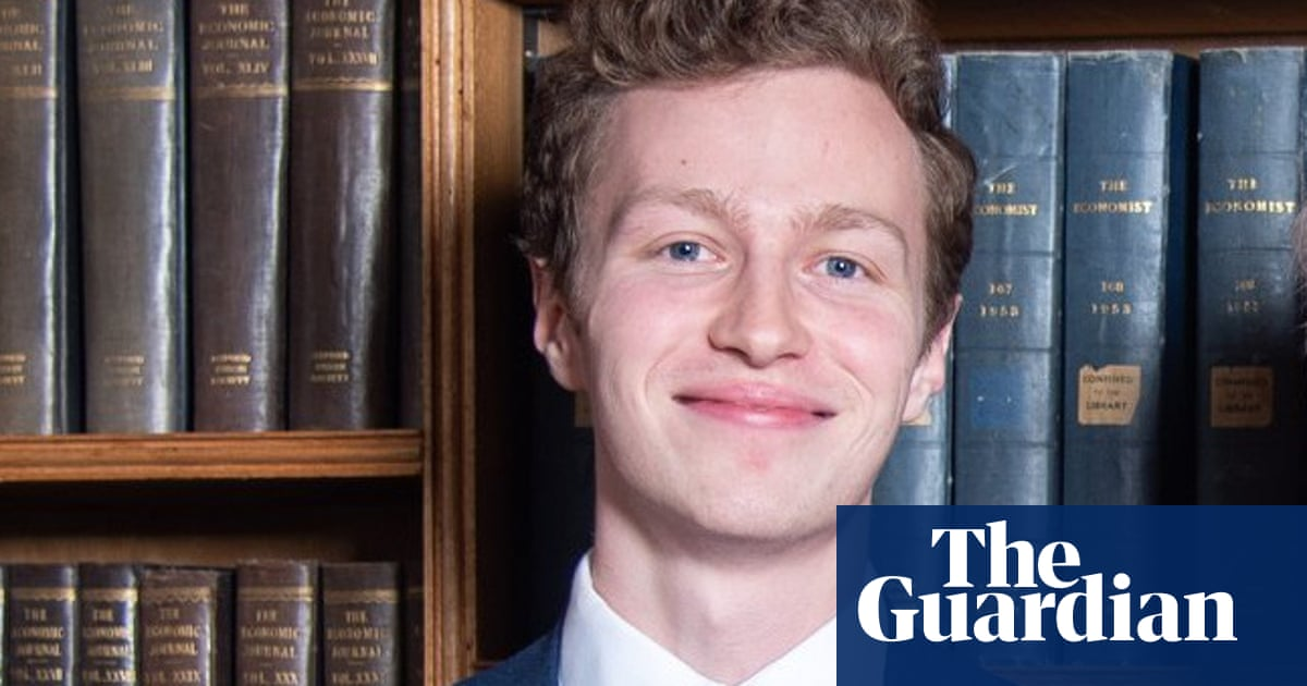 Oxford Union president steps down in wake of blind student row