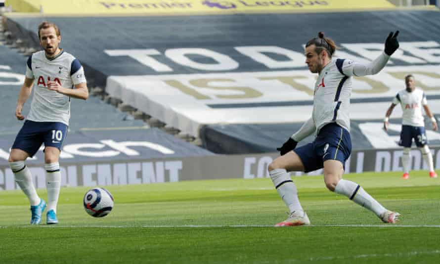 Gareth Bale puts Tottenham 1-0 up against Burnley in the second minute.