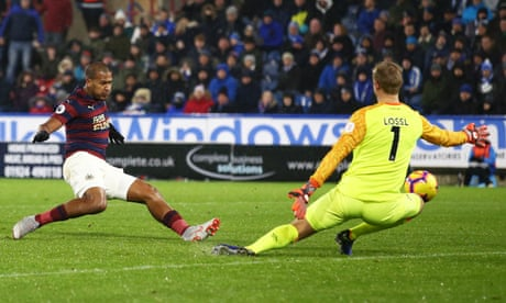 Salomón Rondon seals precious points for Newcastle at Huddersfield