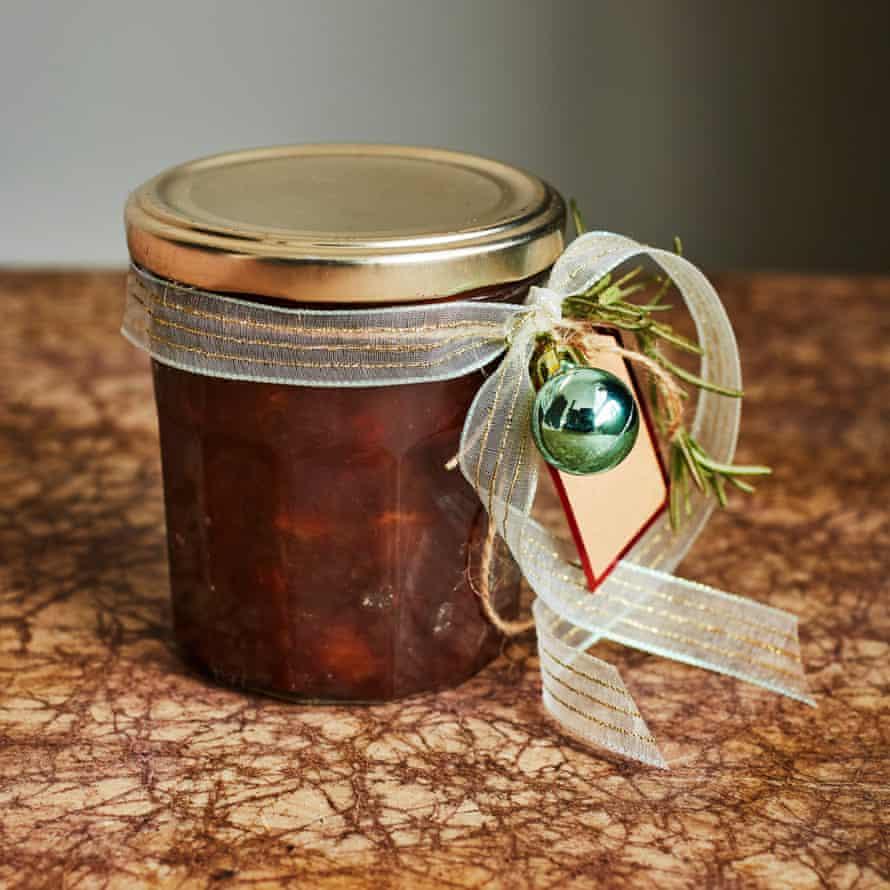 Kylee Newton's Christmas apple and date chutney.