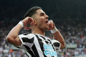 Newcastle's Ayoze Perez celebrates scoring his third goal to complete his hat-trick and a 3-1 home win for The Magpies.