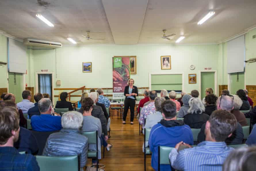 Tammy Atkins addresses the locals at the Victorian Farmers Federation forum in Wangaratta on 12 November.